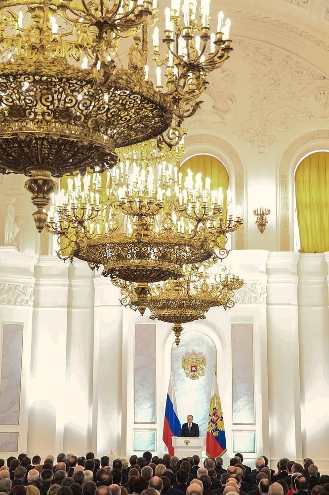 Глава государства поручил контролировать рост цен на продукты, лекарства и предметы первой необходимости