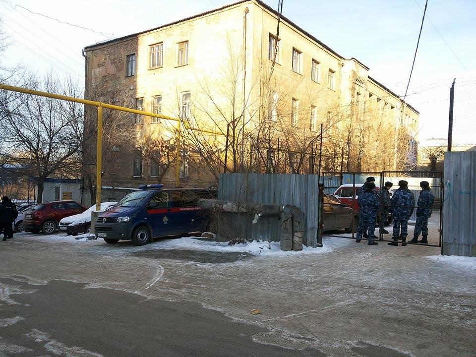 Возле СИЗО-1 в Челябинске