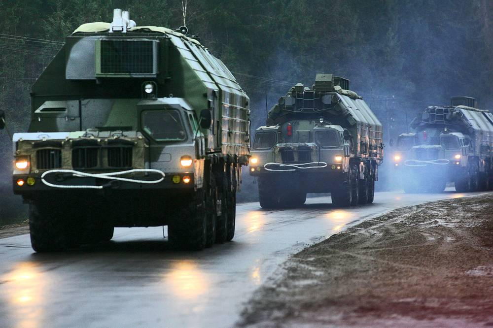 С-300 - эшелонированная система охраны ракетных комплексов дивизии Ракетных войск стратегического назначения в Тейкове Ивановской области, 2006 год