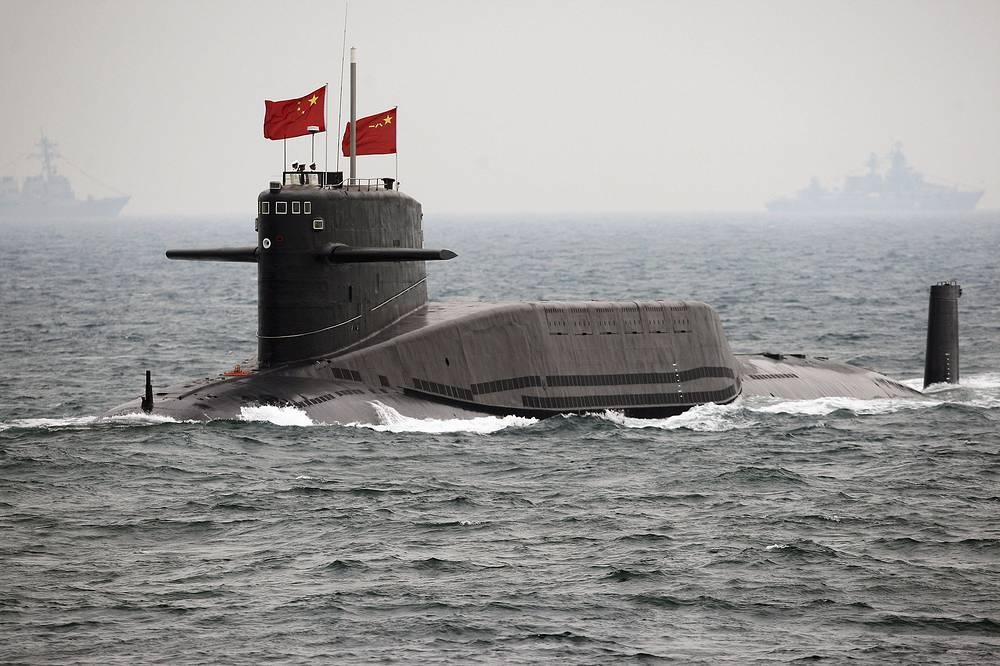 """Китайская АПЛ класса """"Цзинь"""", 2009 год. По данным китайских СМИ, КНР обладает  по меньшей мере четырьмя такими подлодками, каждая из них способна нести до 12 межконтинентальных баллистических ракет с разделяющейся головной частью и боевыми блоками индивидуального наведения"""