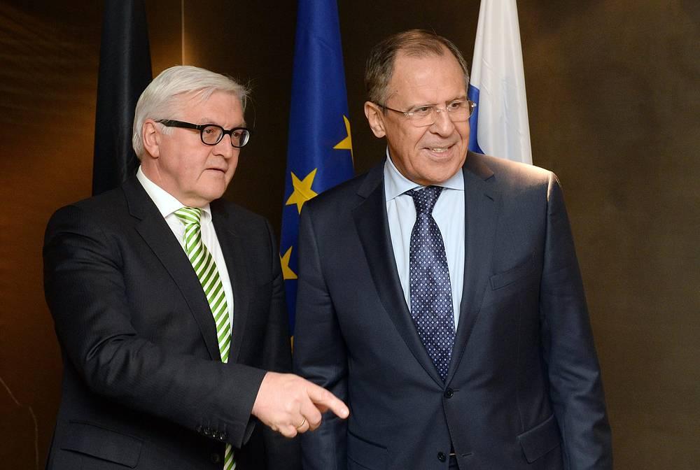 Глава  МИД Германии Франк-Вальтер Штайнмайер и глава ВИД Российской Федерации Сергей Лавров