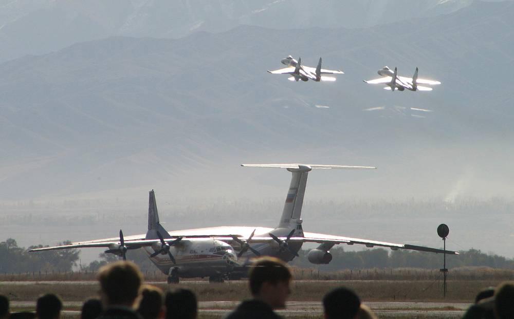 Киргизия. Российская авиабаза Кант. Ее главная задача - поддержка с воздуха действий воинских подразделений Коллективных сил быстрого развертывания ОДКБ.
