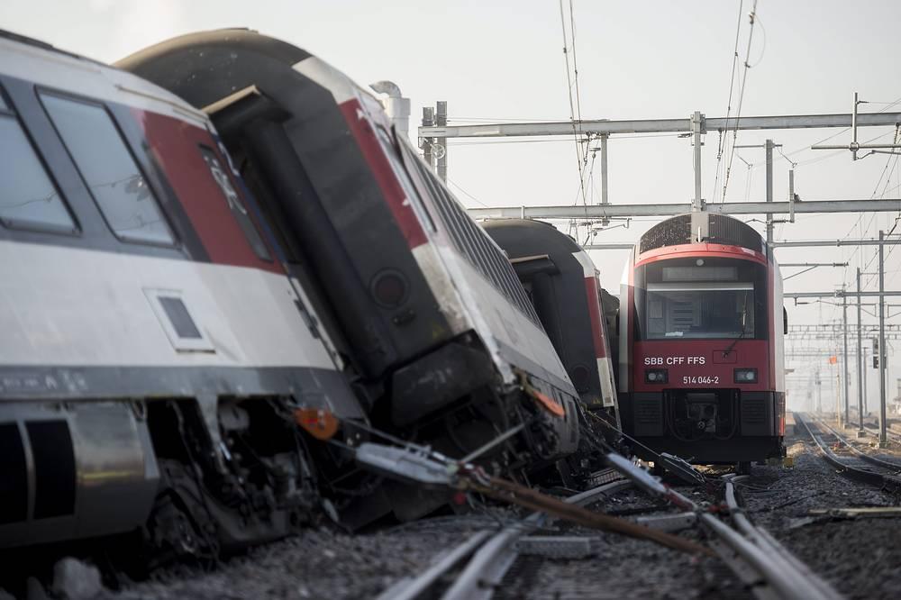 20 февраля в швейцарском городе Рафц столкнулись два поезда. По данным СМИ, пострадали около 50 человек