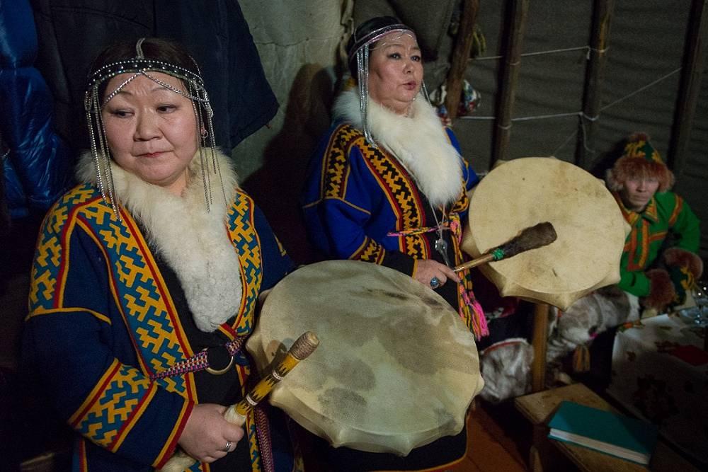 26 февраля в Салехарде началось межсессионное заседание постоянного форума ООН по вопросам коренных народов. Форум призван защитить права коренных народов в условиях индустриализации
