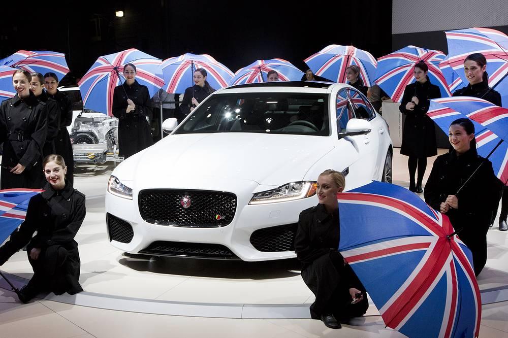 Jaguar XF с 3-литровым бензиновым двигателем будет выпускаться в модификациях 340 и 380 л. с.