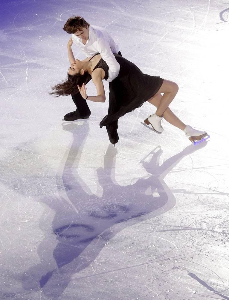 Для олимпийской чемпионки Сочи в командных соревнованиях Елены Ильиных, проводящей первый сезон в паре с новым партнером Русланом Жиганшиным, командное мировое первенство - шанс закончить соревновательный сезон на позитиве. На чемпионате Европы пара была четвертой; на чемпионате мира - седьмой