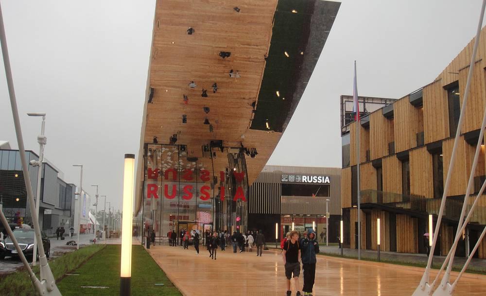 Российский павильон - один из самых больших на ЭКСПО-2015. Архитектор  российского павильона - Сергей Чобан