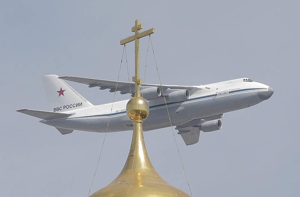 Транспортный самолет Ан-124