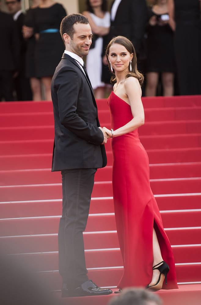 Актриса Натали Портман с мужем, хореографом Бенджамином Мильпье