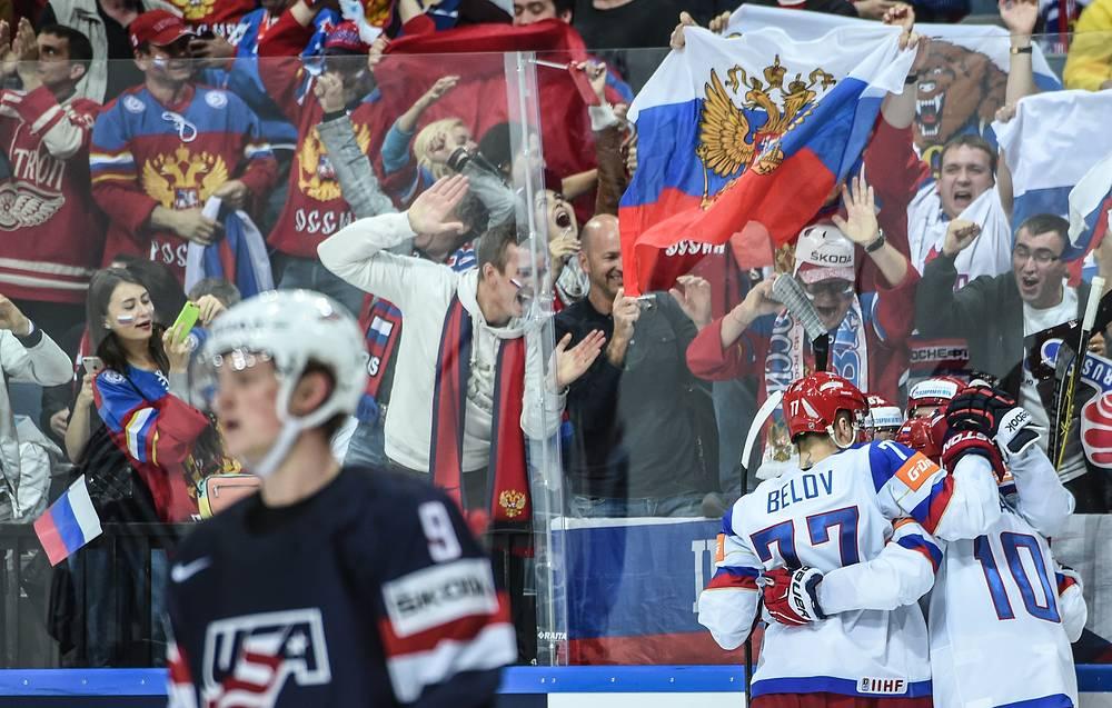 Хоккеисты сборной России вышли в финал чемпионата мира, где встретятся с командой Канады. В полуфинале российская команда переиграла сборную США со счетом 4:0
