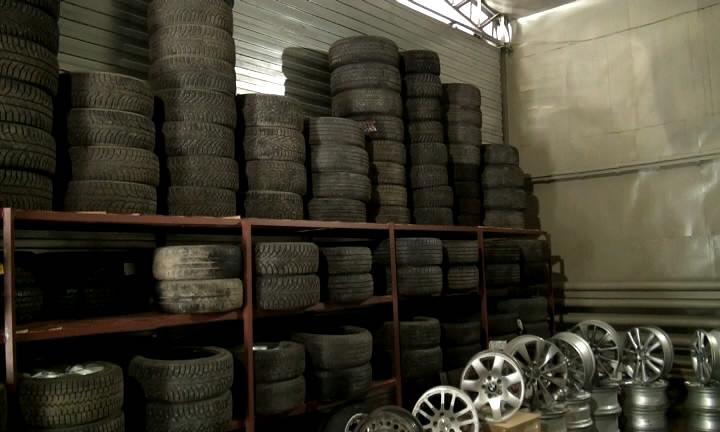 Склад украденных покрышек и дисков