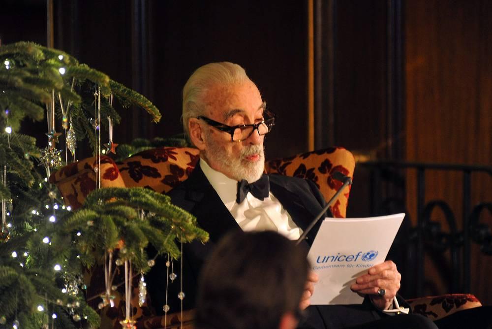 Кристофер Ли перед благотворительным вечером ЮНИСЕФ в Мюнхене. 2011 год