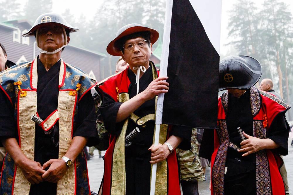 Японцы выполнили обещание, данное цесаревичу сацумским князем, и лично приехали почтить память императора