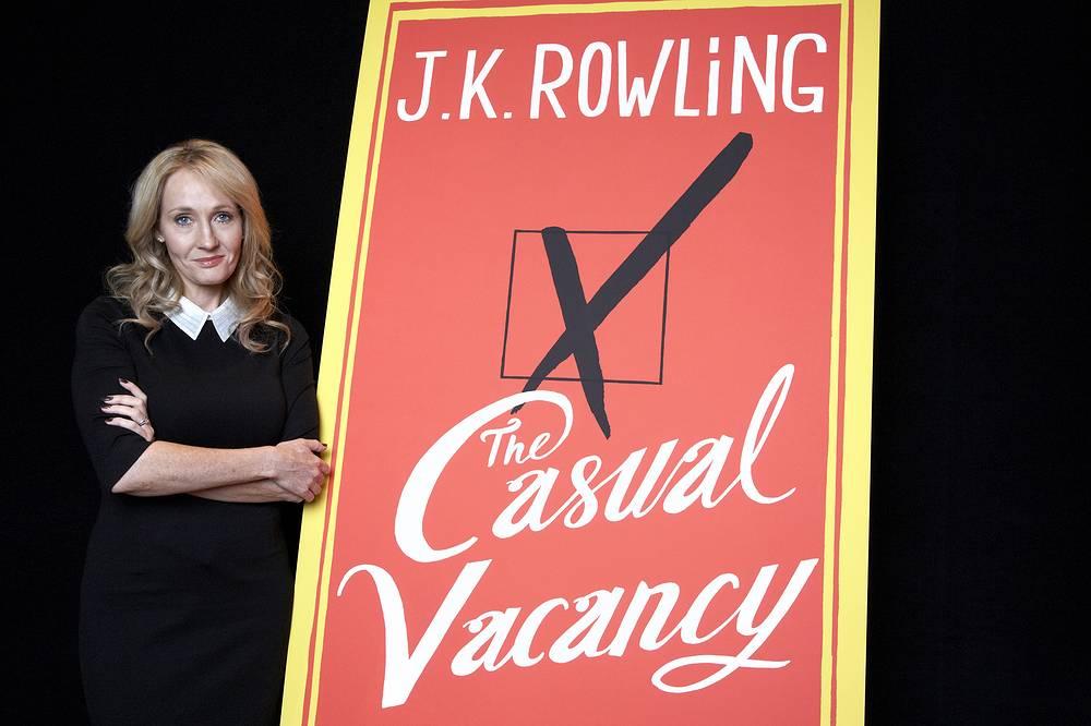 """Джоан Роулинг во время презентации своего романа """"Случайная вакансия"""" в Нью-Йорке, 2012 год"""