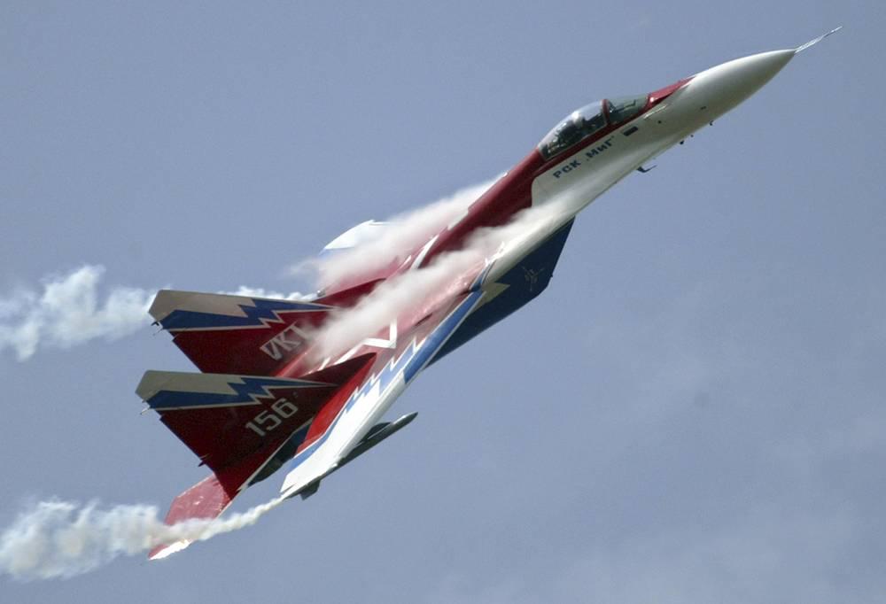 МиГ-29 - советский и российский многоцелевой истребитель четвертого поколения