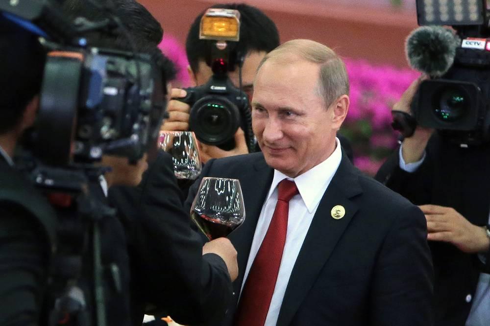 Президент РФ Владимир Путин в Доме народных собраний во время торжественного приема
