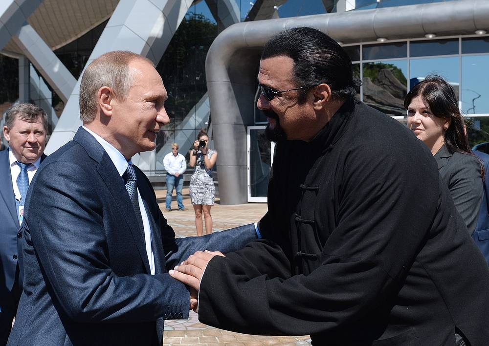 Владимир Путин и американский актер Стивен Сигал