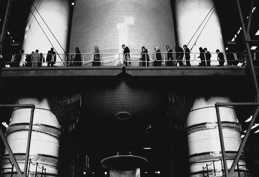 Члены президентской комиссии по расследованию катастрофы шаттла на космодроме на мысе Канаверал