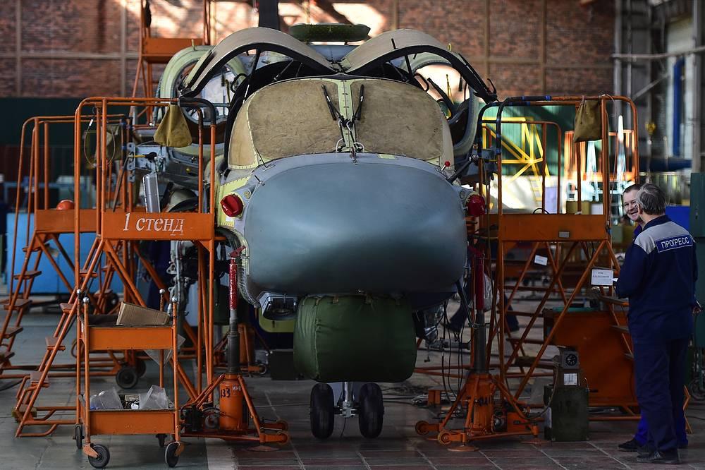 Сборка боевого разведывательно-ударного вертолета нового поколения Ка-52. Приморский край