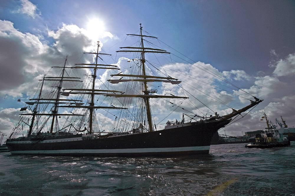 """Барк """"Седов"""" в порту Гамбурга. Германия, 2008 год"""
