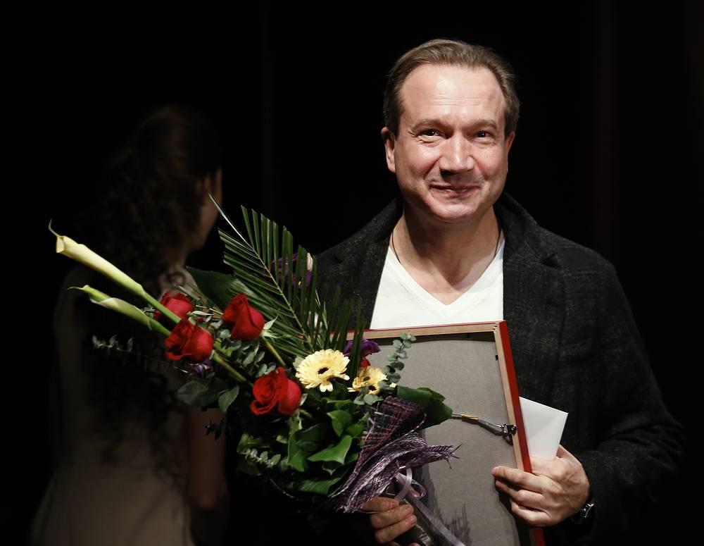 Лауреат премии Виктор Рыжаков