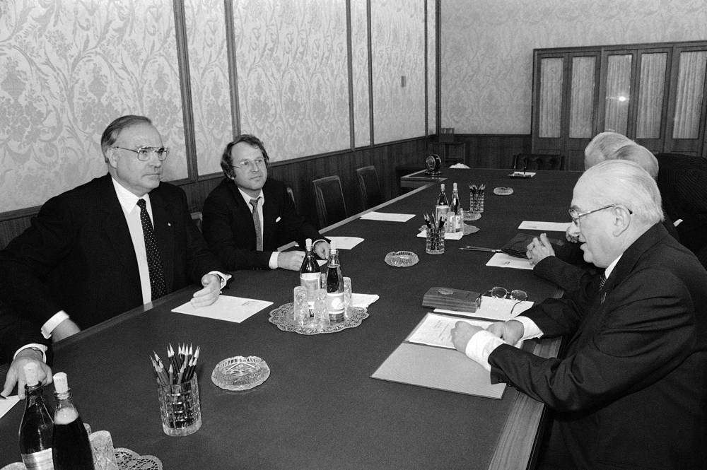 На переговорах с генсеком ЦК КПСС Юрием Андроповым в Кремле. Москва, 1983 год