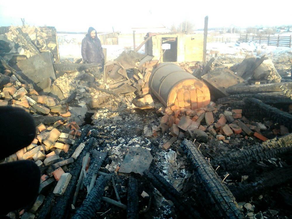 Накануне 87-летия Ельцина сгорел его дом