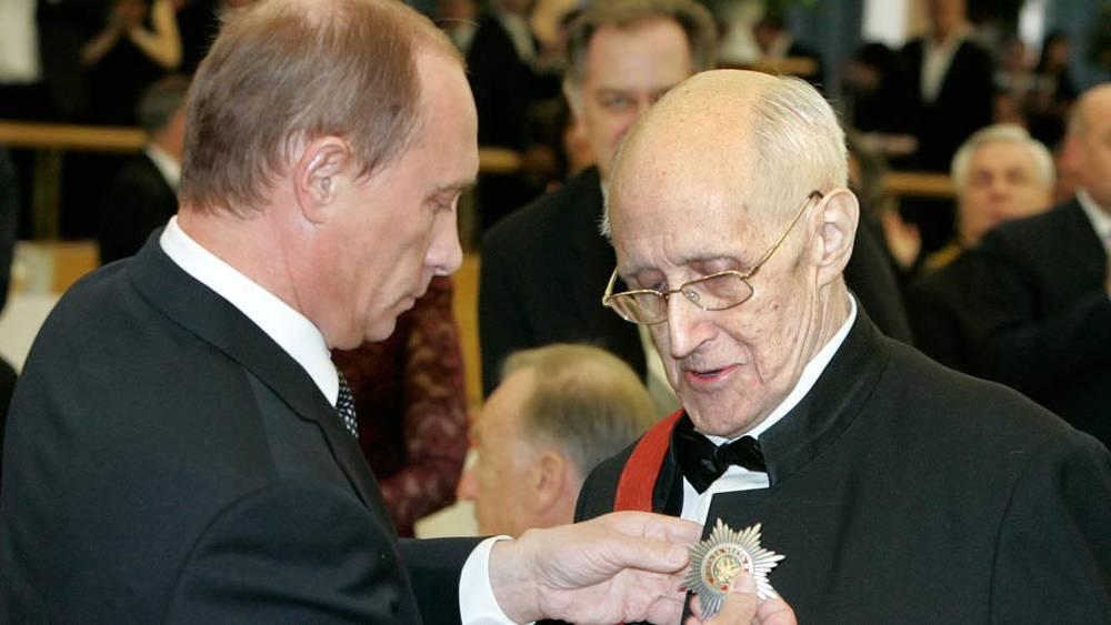 Виолончелист и дирижер Мстислав Ростропович отпраздновал свой 80-летний юбилей в Кремле