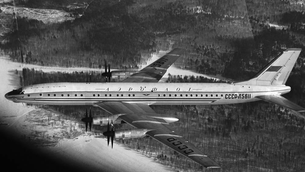 Самолет Ту-114 в полете, 1958 год