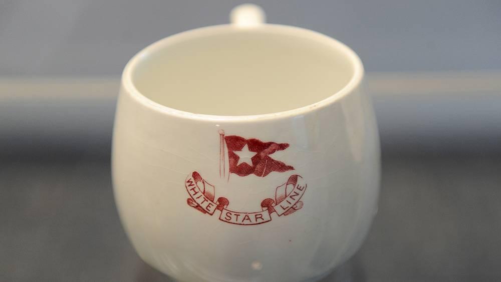 """Чашка с """"Титаника"""""""