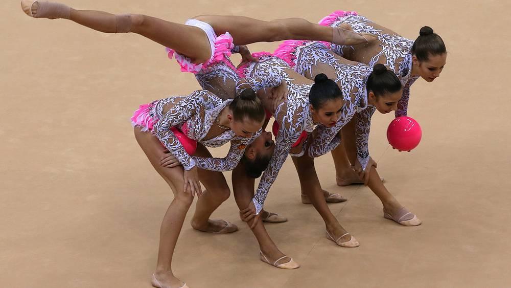 Сборная по художественной гимнастике - чемпион в групповых упражнениях