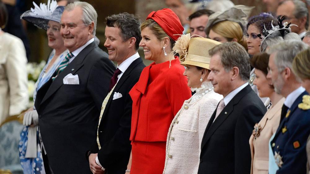 Королева Маргрете, принц-консорт Хенрик, наследный принц Дании Фредерик и принцесса Нидерландов Максима во время обряда крещения принцессы Эстель