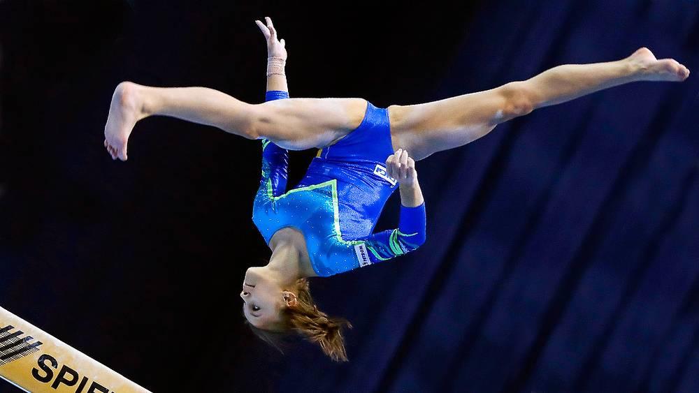 Румынская гимнастка Лариса Иордаче