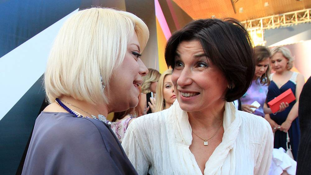 Актриса Яна Поплавская и журналистка Ирада Зейналова