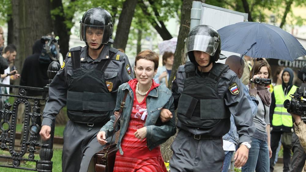 Задержание участников шествия оппозиции на Чистопрудном бульваре