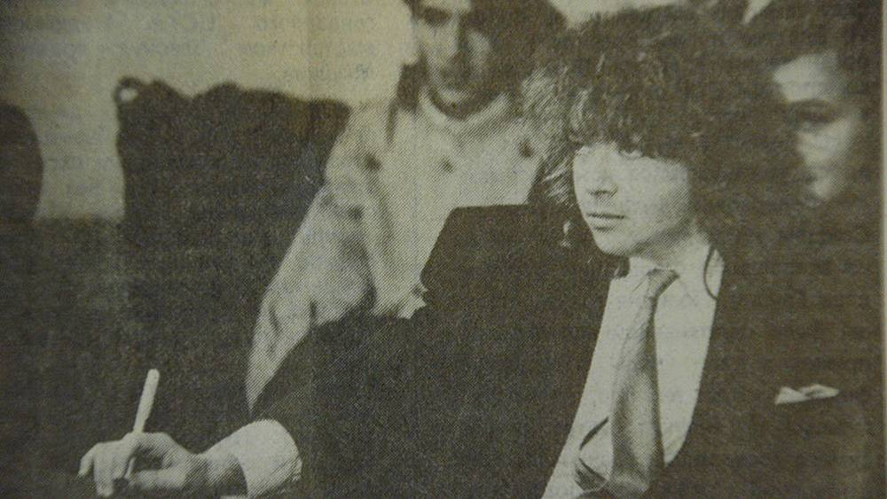 Валентин Юдашкин, 1992 г. Изображение из газеты «Московский комсомолец», Фото ИТАР-ТАСС/ Сергей Шахиджанян