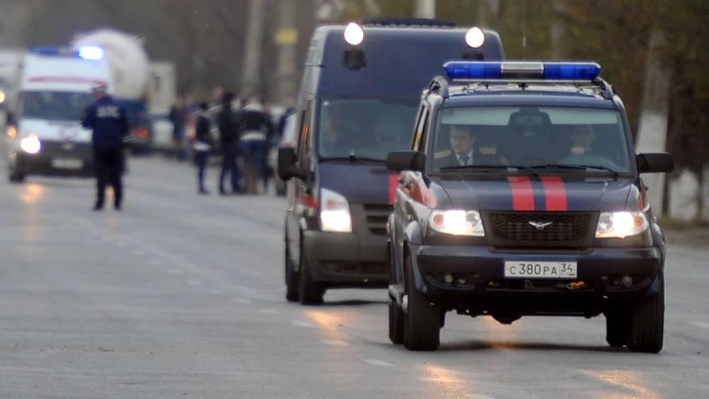 Машины СК РФ на месте взрыва. Фото ИТАР-ТАСС/ Дмитрий Рогулин