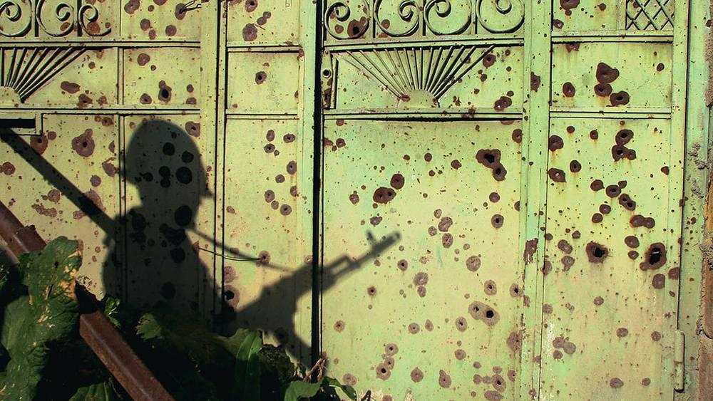 """В конце мая 2004 года Грузия ввела на подконтрольную Южной Осетии территорию отряды МВД и армейского спецназа в целях """"борьбы с контрабандой"""". Грузинские войска были выведены из зоны конфликта. Фото ИТАР-ТАСС/ Дмитрий Чеботаев"""
