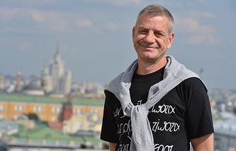 Александр Елистратов