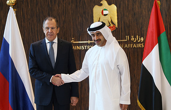 Министр иностранных дел России Сергей Лавров и министр иностранных дел Объединенных Арабских Эмиратов Абдалла Аль Нахайян