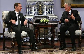 Премьер-министр РФ Дмитрий Медведев и вице-канцлер Австрии Райнхольд Миттерленер