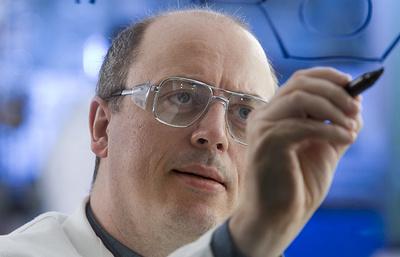 Профессор Дэвид Ли: наука открывает истину и избавляет от предрассудков
