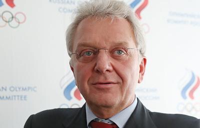 Виктор Христенко переизбран президентом Ассоциации гольфа России