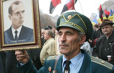 Украинский институт национальной памяти готовит реабилитацию ОУН-УПА