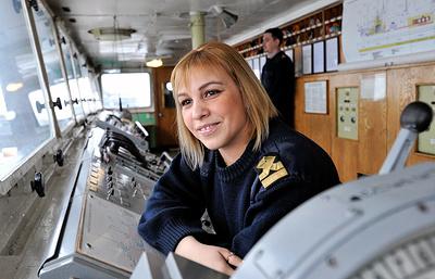 Женщина-помощник капитана из Североморска: в фильмах о море актерам не хватает дисциплины