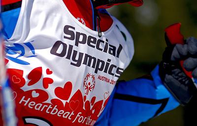 Смирнов: российские спортсмены показали себя настоящими героями на Специальной олимпиаде