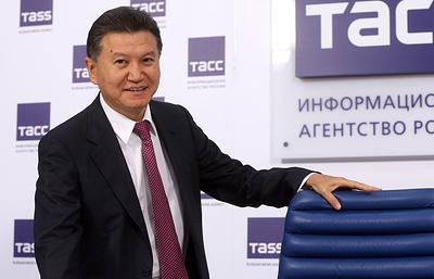 Илюмжинов заявил, что секретариат FIDE не выходит с ним на связь