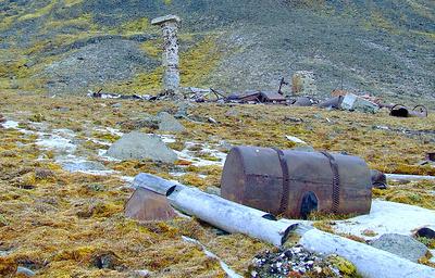 От бытового мусора до брошенных зданий и судов: в Арктике идет масштабная уборка