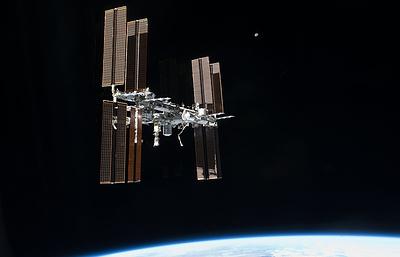 Российские космонавты впервые за полтора года выйдут в открытый космос