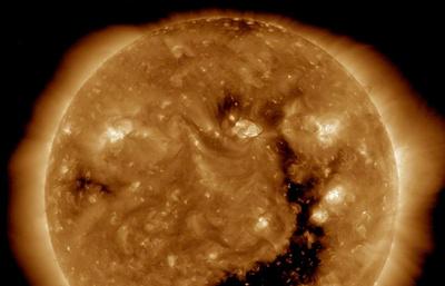 Ученые: солнечный ветер вызвал магнитную бурю на Земле